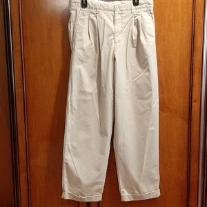 Gap khakis mens vintage 33X32 relaxed fit